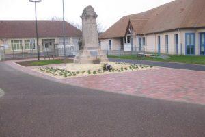 Mise en valeur du Monument aux Morts (secteur Saint-Manvieu)